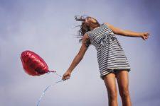 Kann man glücklich sein lernen? – Zur Veränderbarkeit von Glück