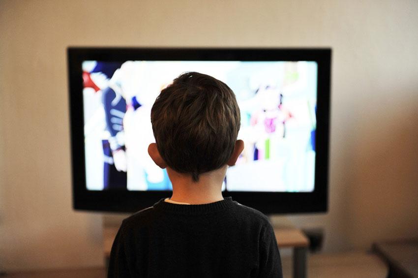 Die negativen Auswirkungen starken Fernsehkonsums
