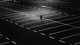 Einsamkeit überwinden: Die 10 besten Strategien im Kampf gegen das schwarze Loch
