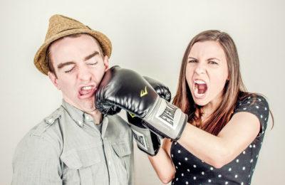 Der innere Kritiker: So bezwingst du den Feind in deinem Kopf